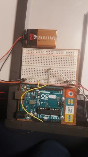 Wiring of the IR breakbeam to Arduino UNO