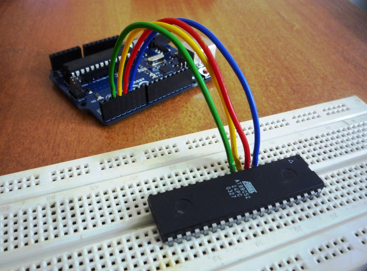 Programming Atmel At89 Series Via Arduino 8051 Microcontroller Projects 038 Circuits