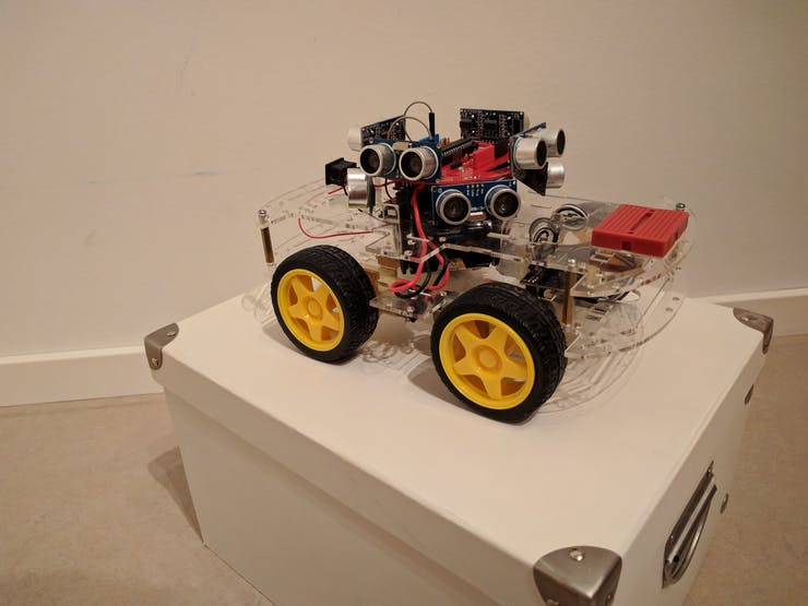 A SonicDisc on a SmartCar