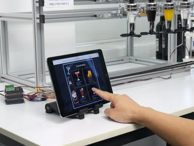 Cocktail Machine with PHPoC (Web Version)