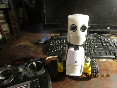 CUTSIE WHUN Version 2 - The Ultimate Balancing Robot