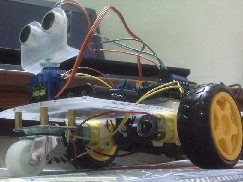 Obstacles Avoiding Robot With Servo Motor