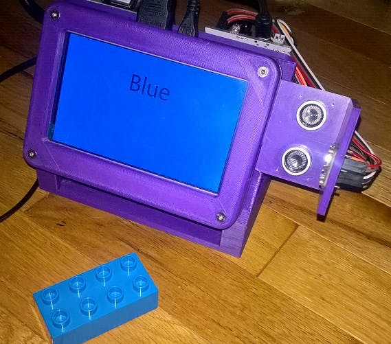 Device reports blue with a blue Lego block