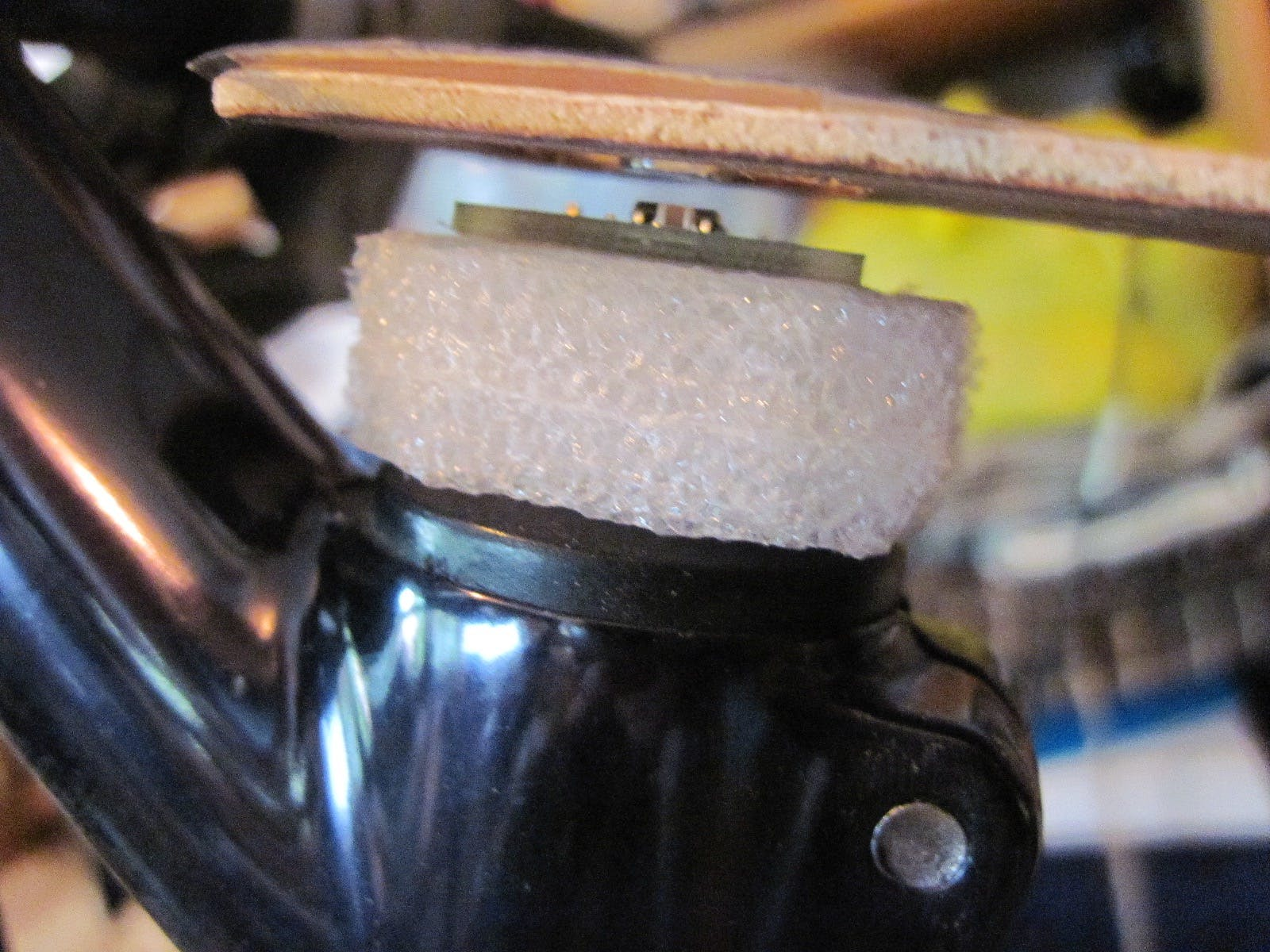 Side view of steering sensor assembly showing magnet flying just above Hall sensor