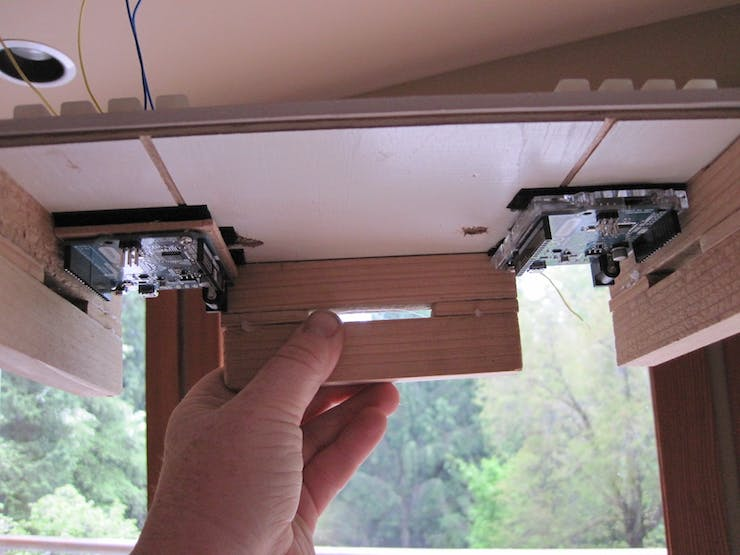 The Leos are mounted underneath the control panel