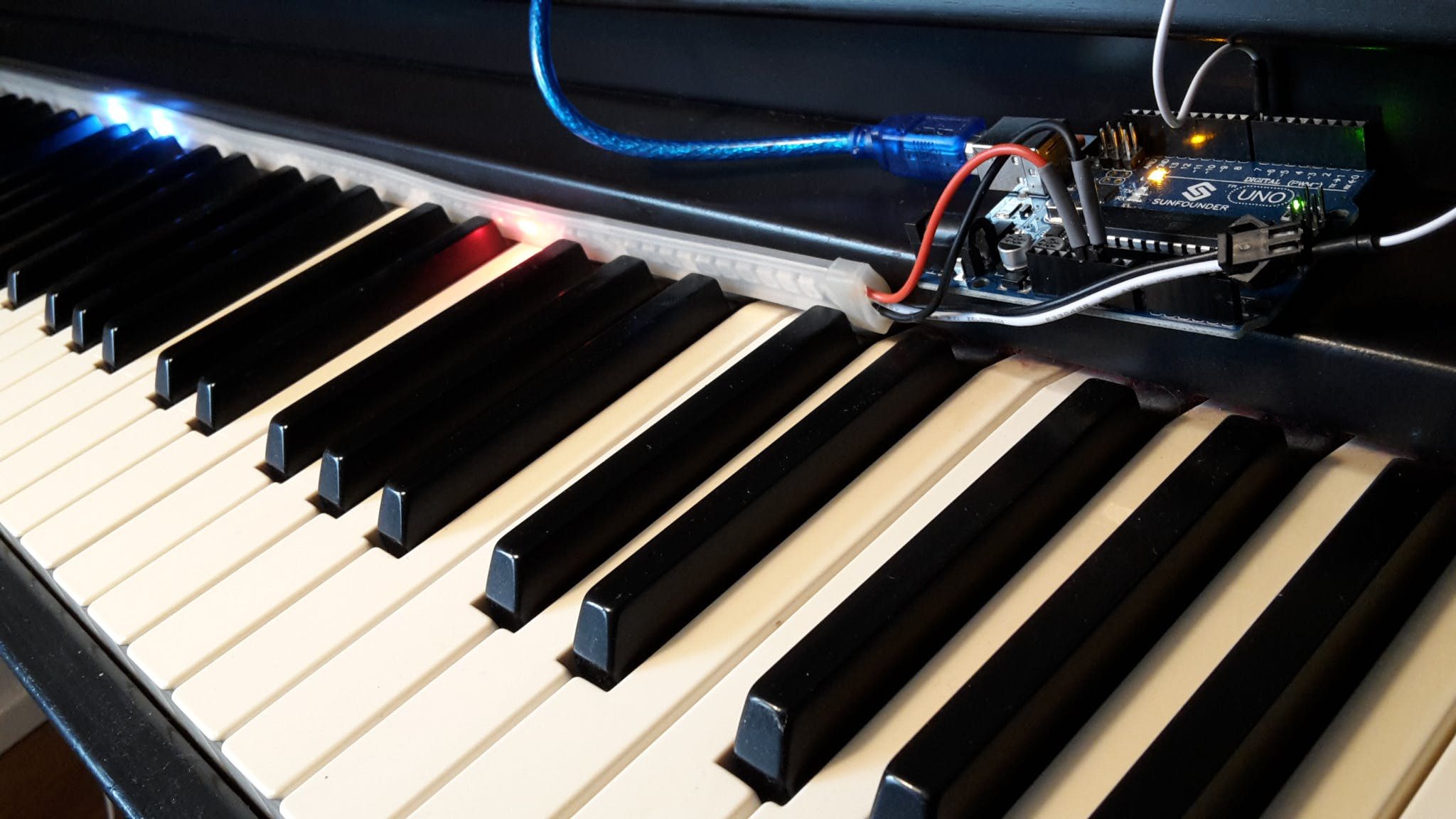 Arduino + LEDs + MIDI Keyboard + MuseScore = Piano Tutor