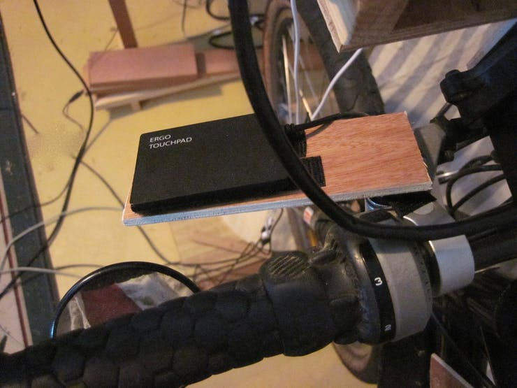 Desperation Mouse:  Ergo Touchpad on L-hand brake lever