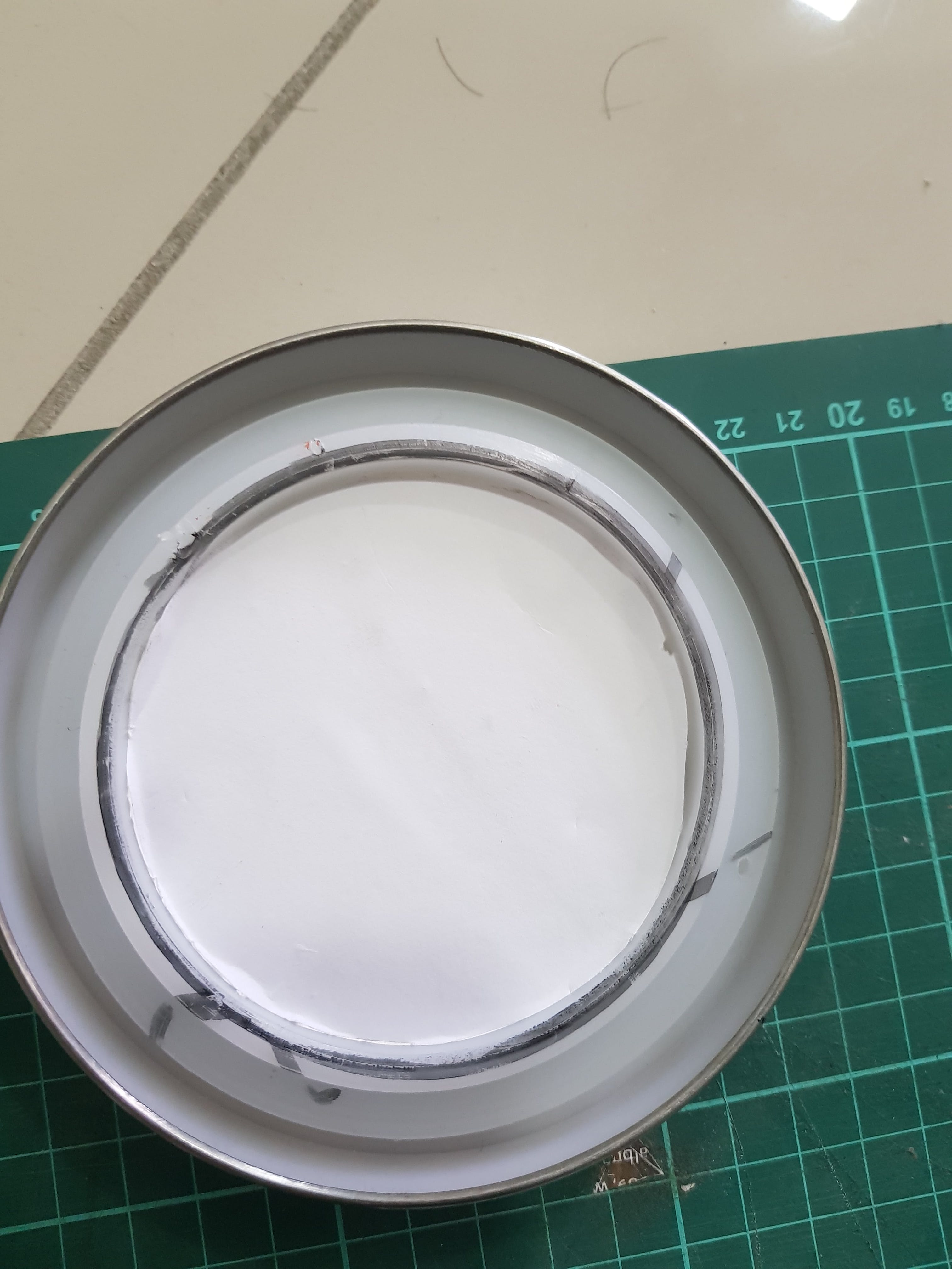 The foam is perfectly fit with the jar hole