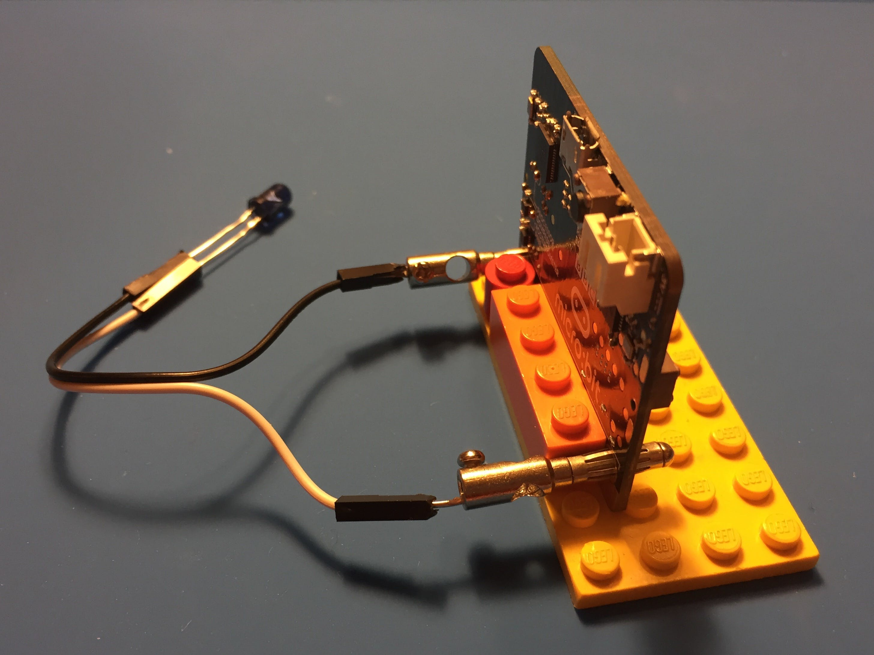 micro:bit fits well with LEGO bricks