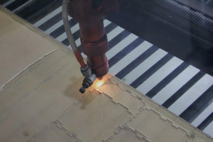 Lase cutting the acrylic