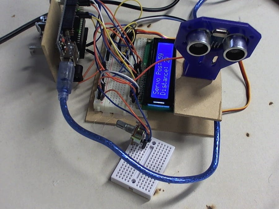 Display Ultrasonic Sensor and Servo