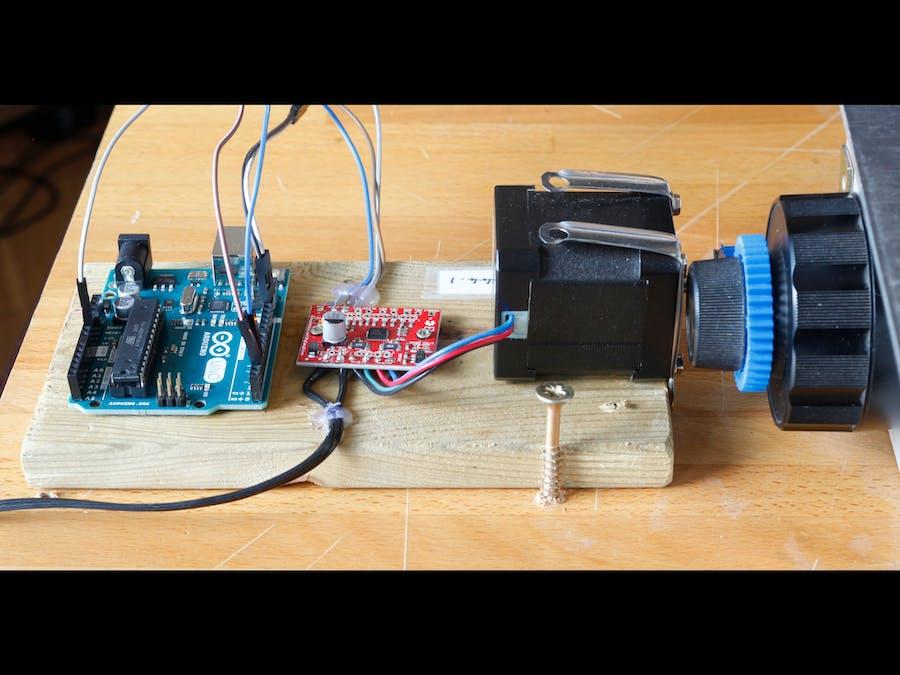 Driving a Focus Stacking Rail Using an Arduino