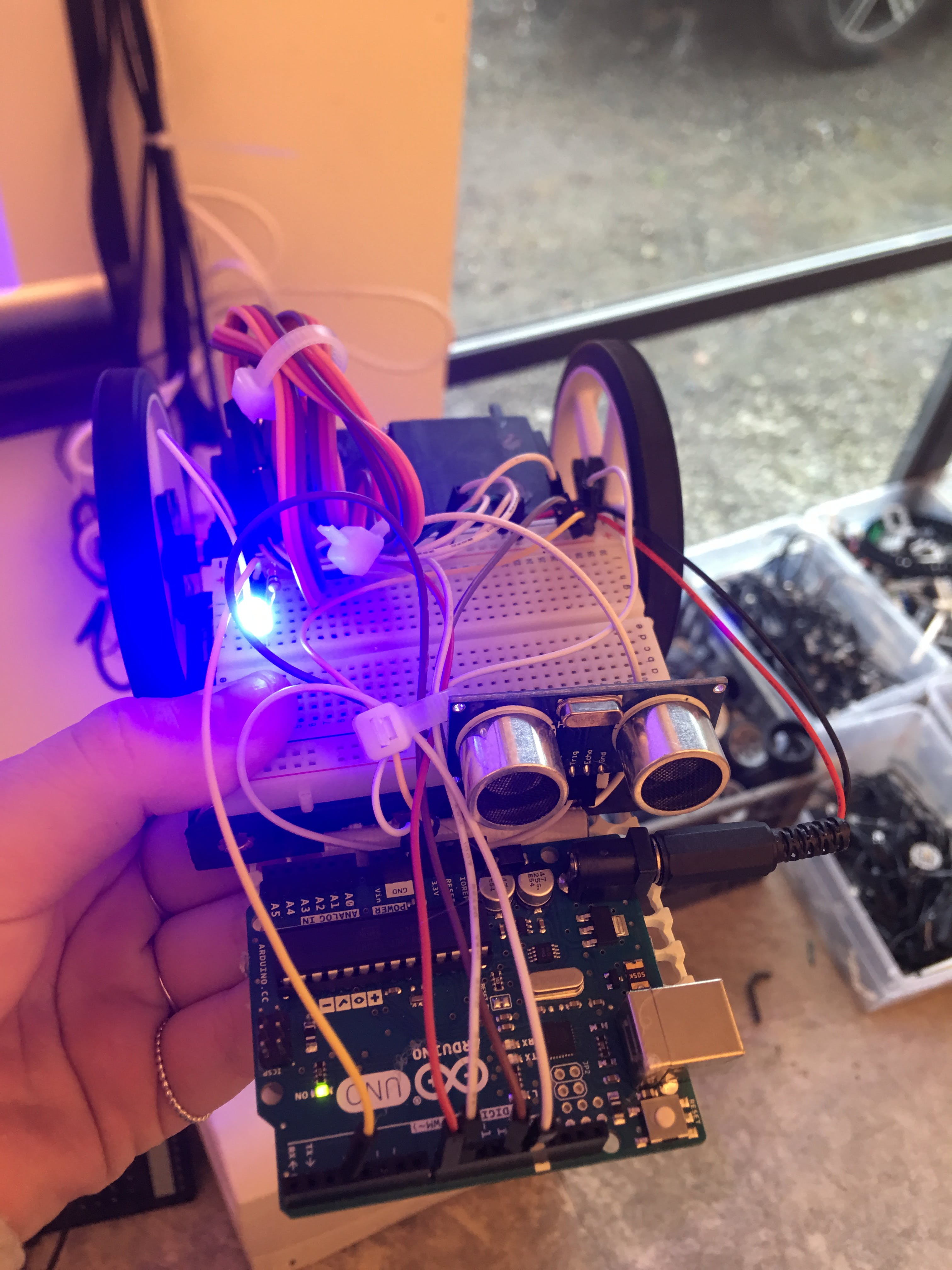 Arduino Uno Autonomous Car