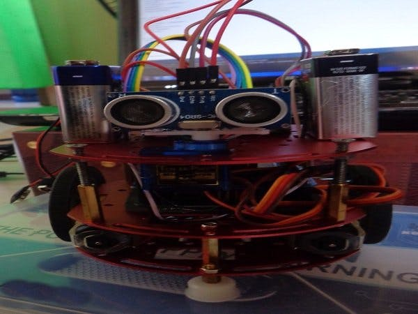 Project wd obstacle avoiding robot arduino hub
