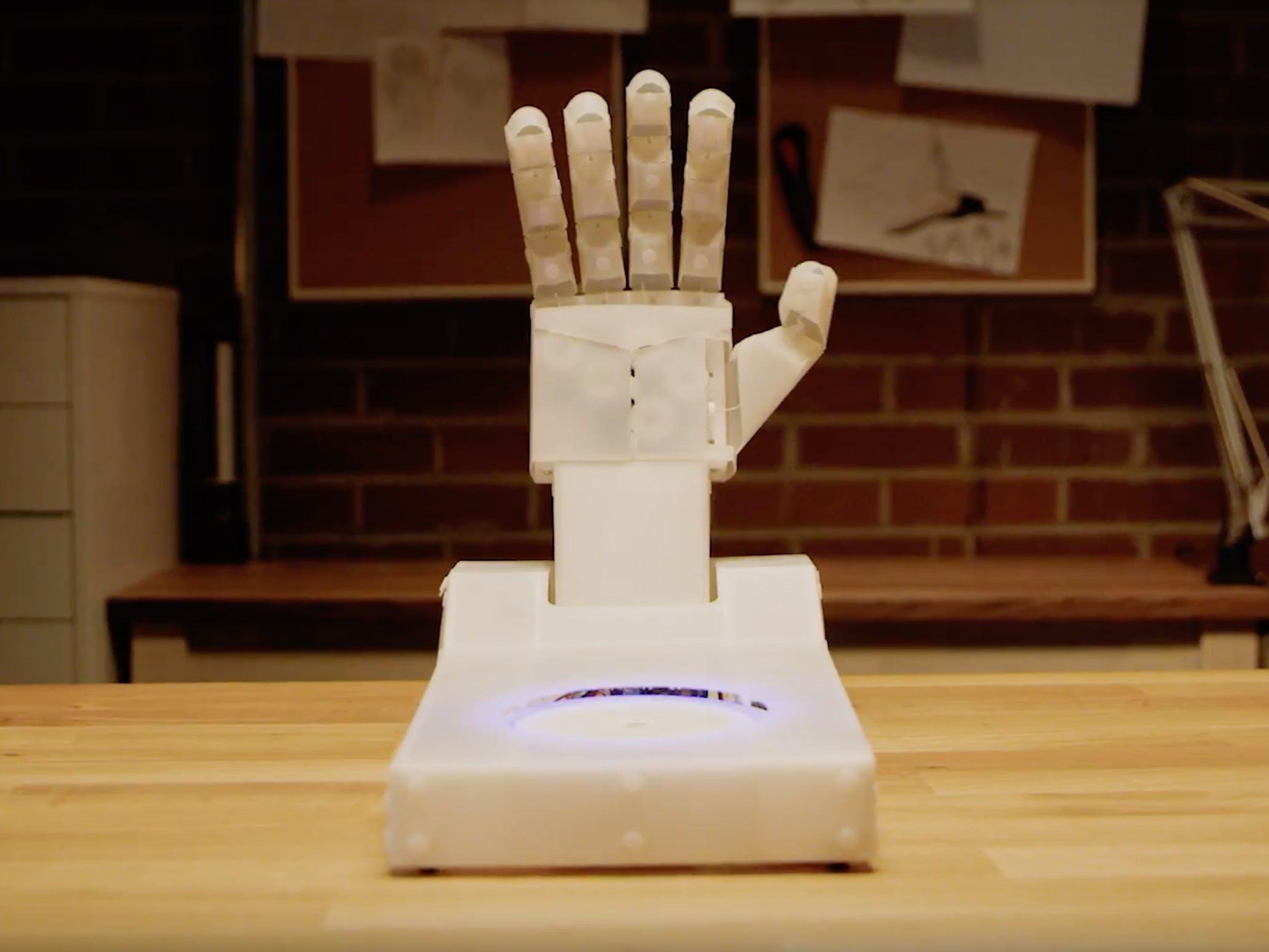 Android Things HandBot