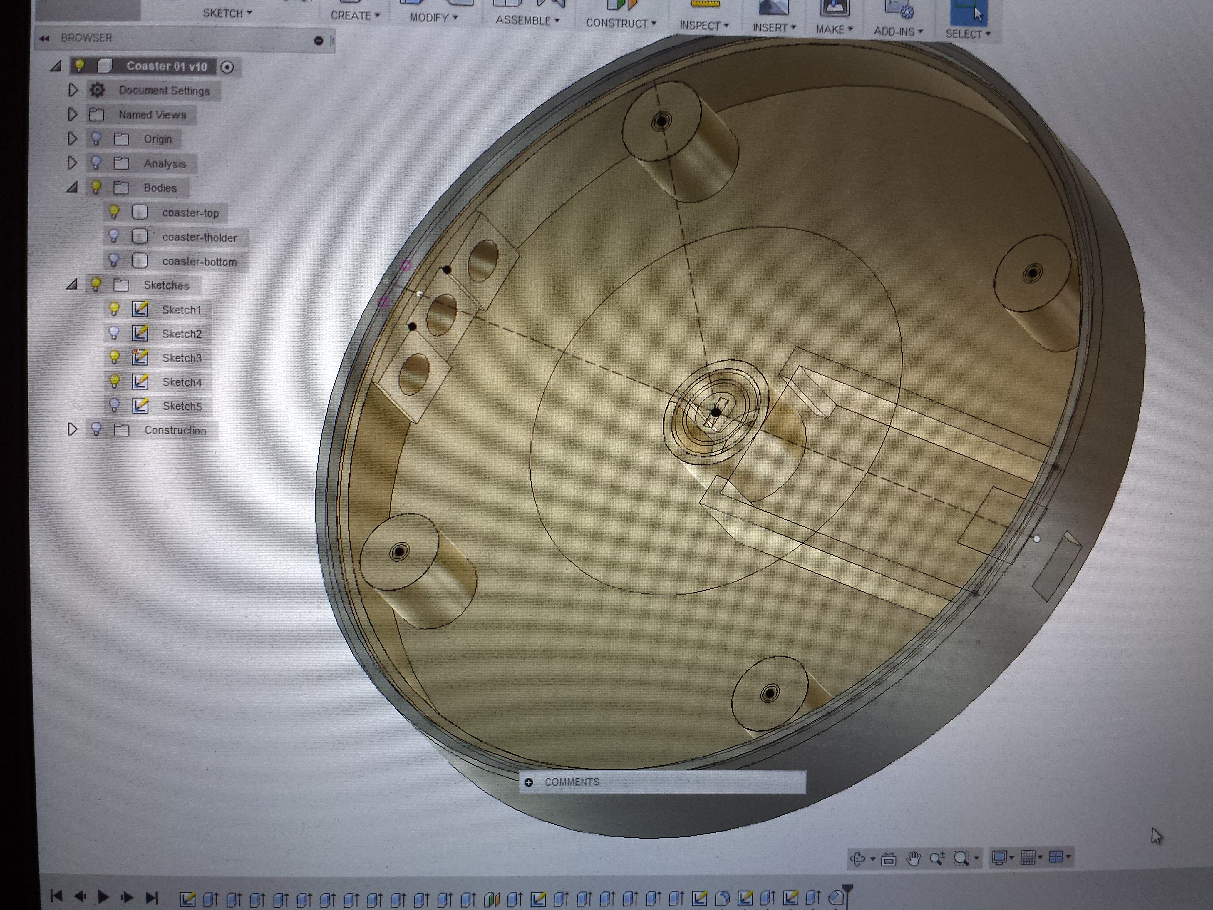 Designing the coaster in Fusion 360