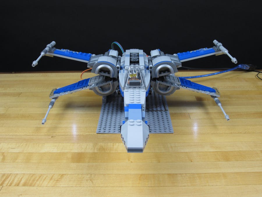 Automated LEGO X-Wing
