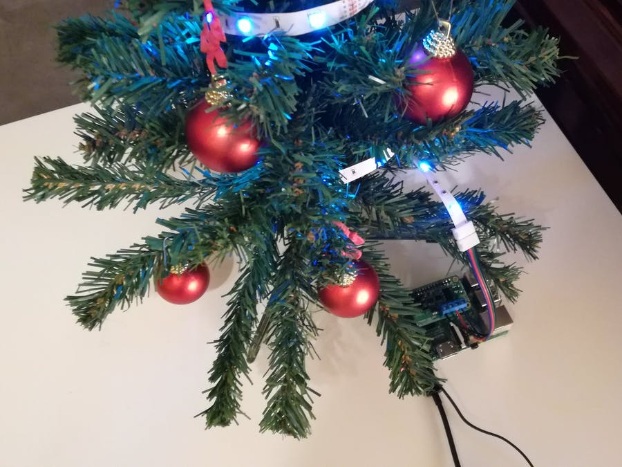 Raspberry Pi Christmas Tree