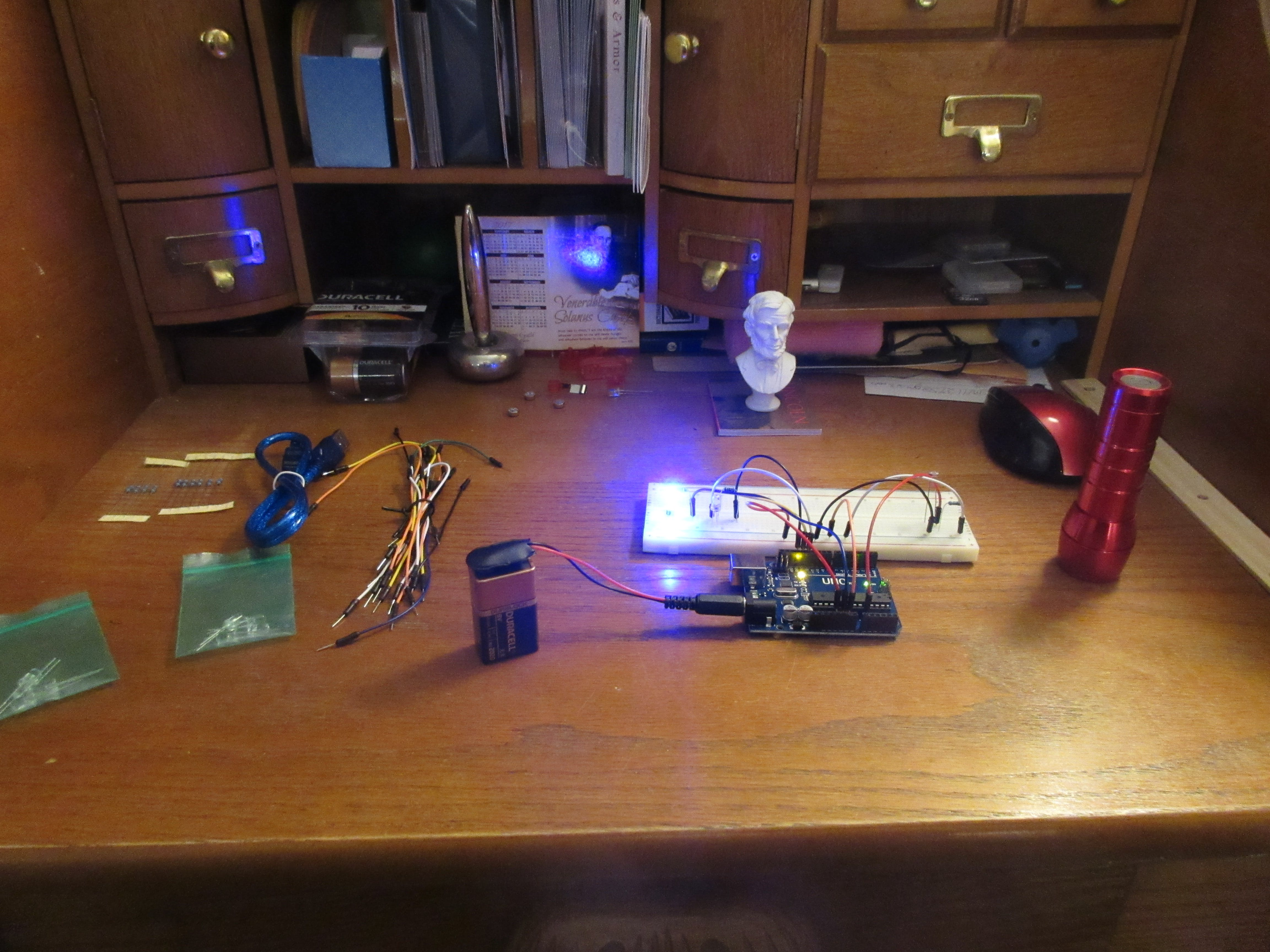 Ambient Light Sensor Using Photo Resistor and LED Lights!