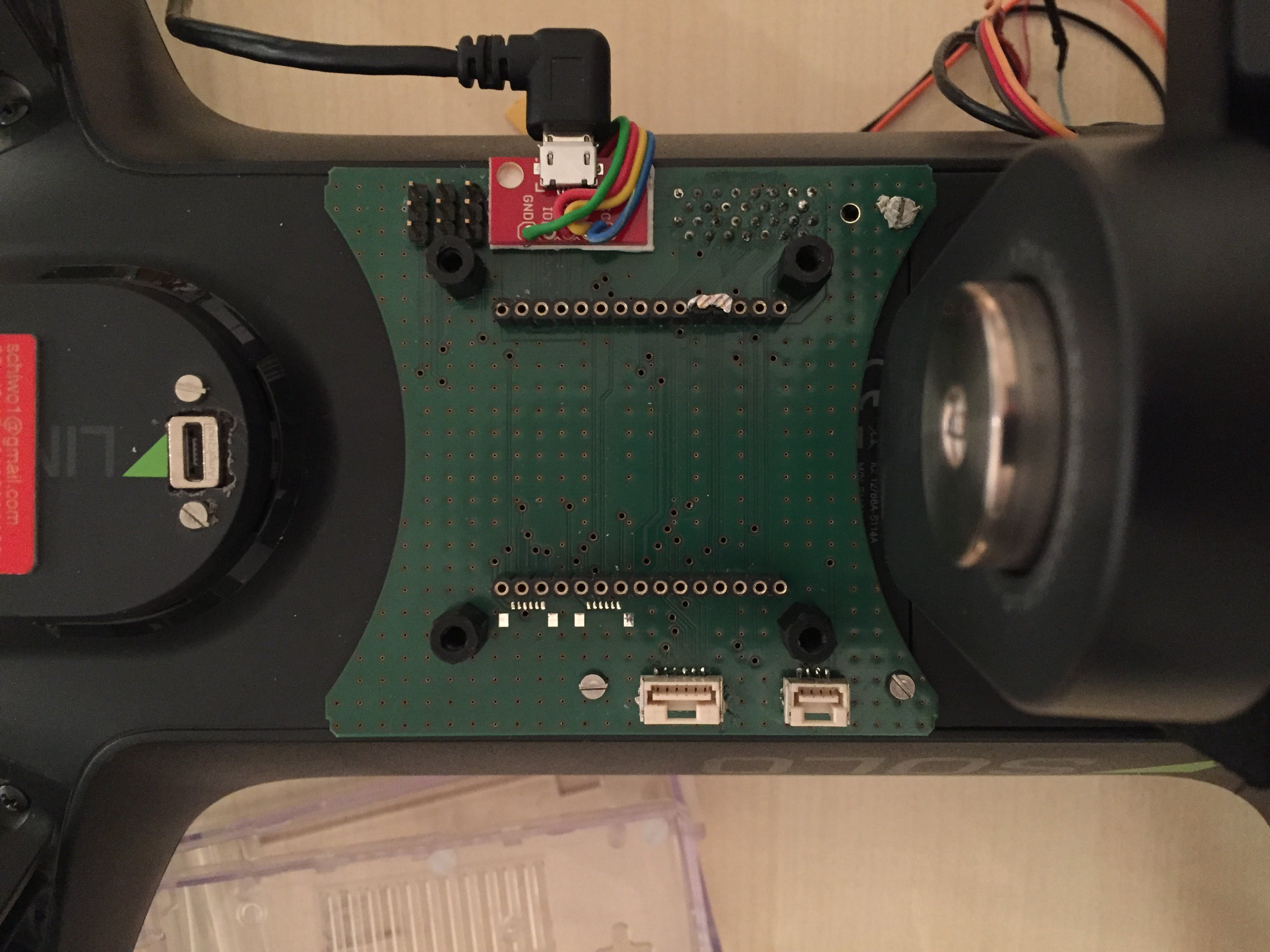 Attach the Breakout Board and bridge the 3DRID pin to GND