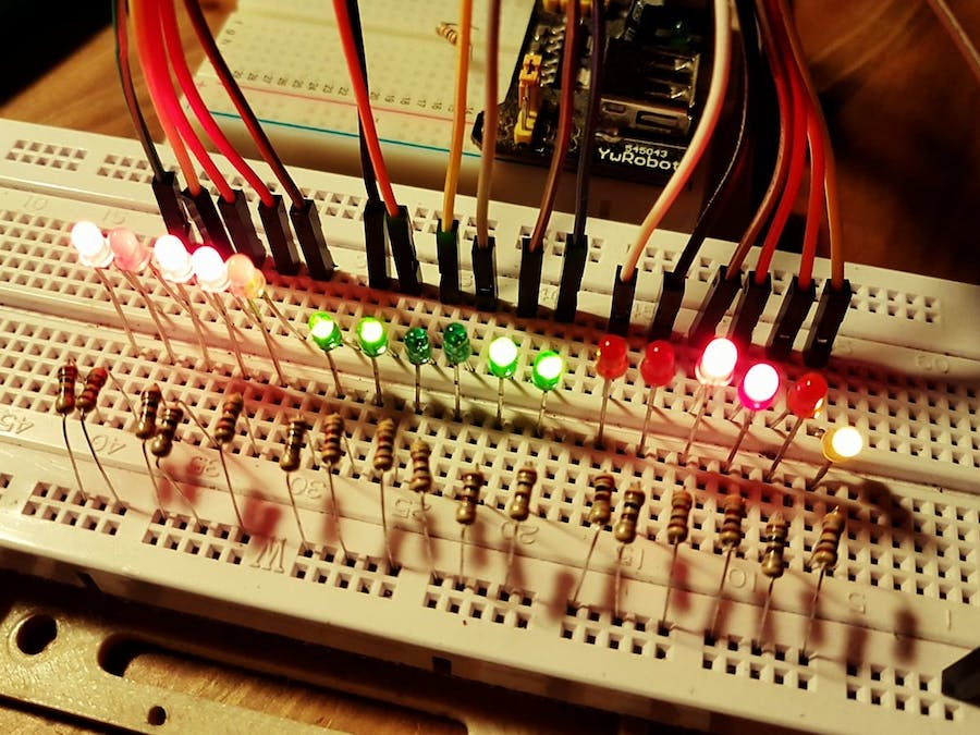 Arduino 24h Binary Clock with Seconds (17 LEDs)
