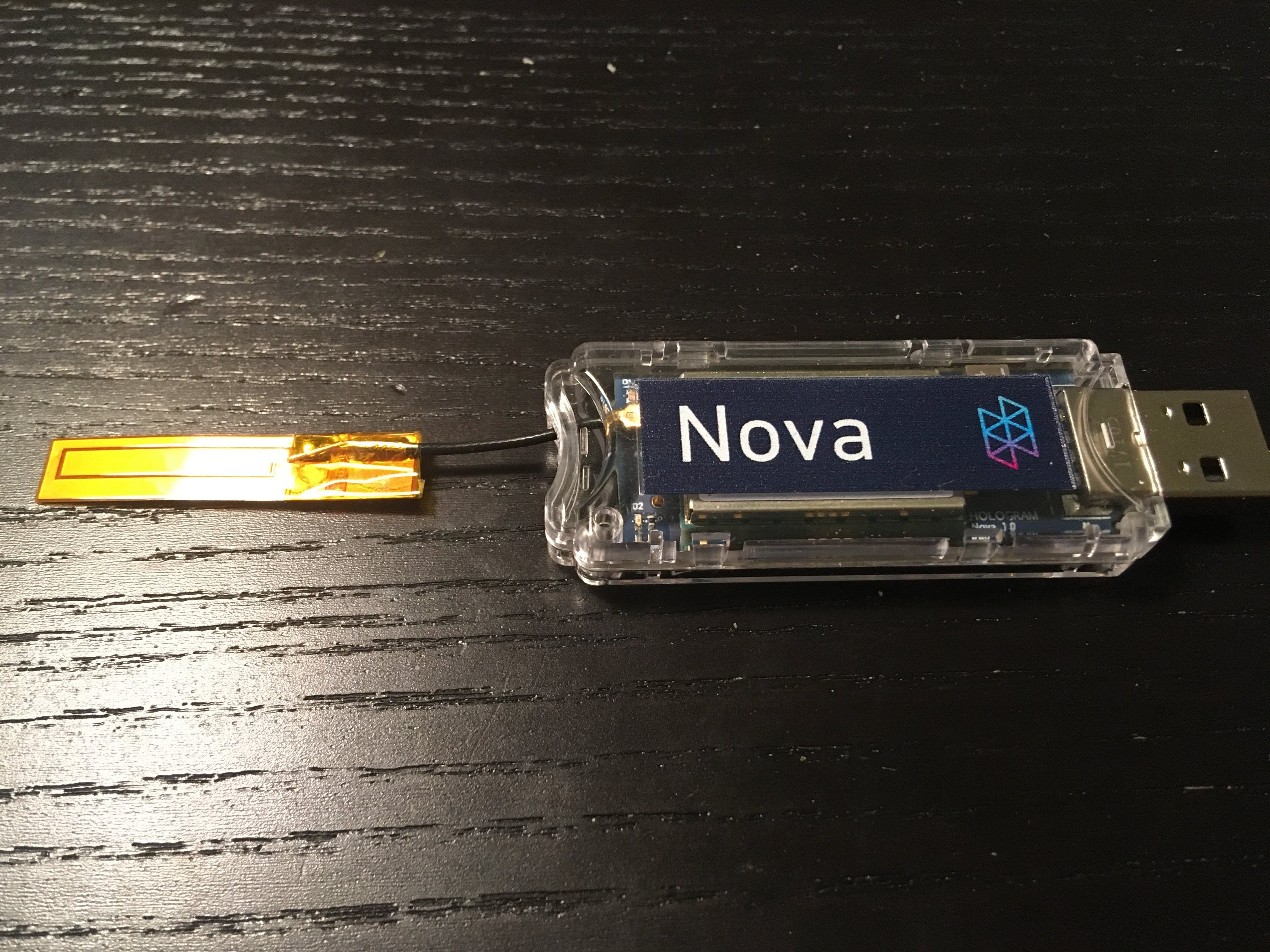 Fully set up Hologram Nova with SIM