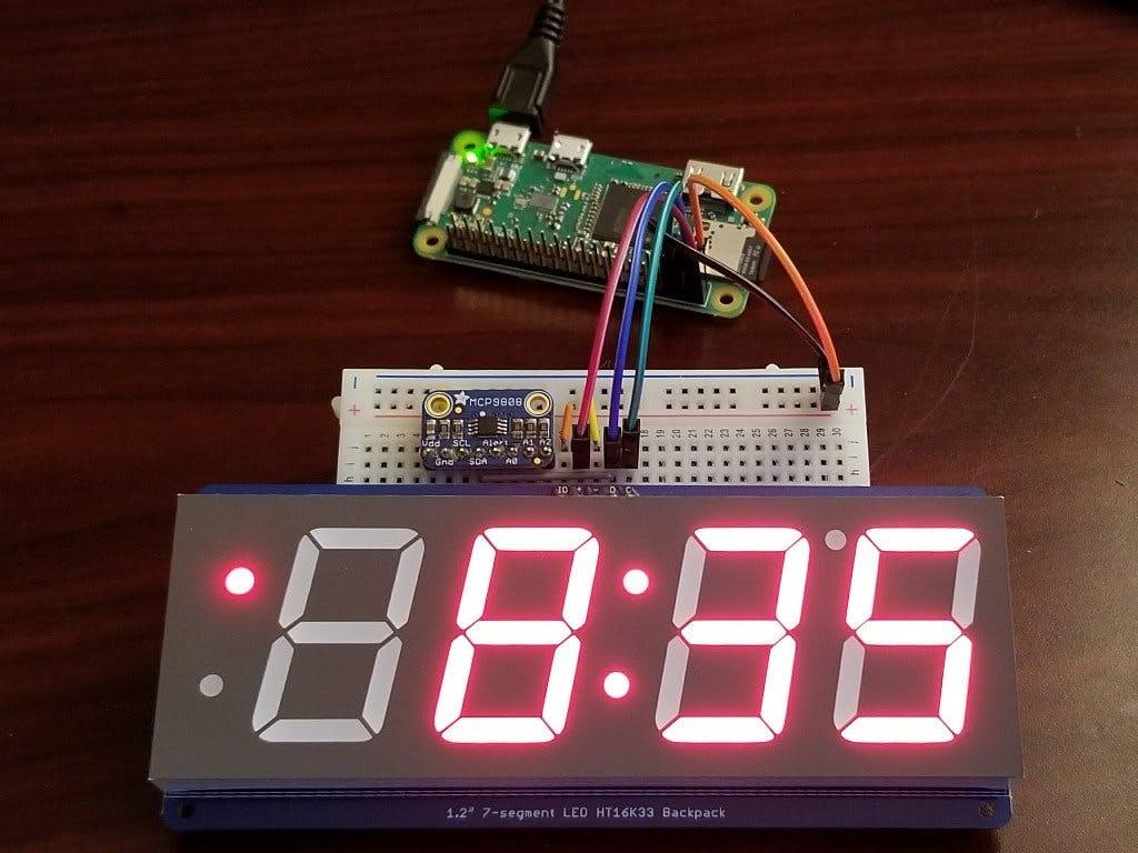Raspberry Pi Clock With Temperature