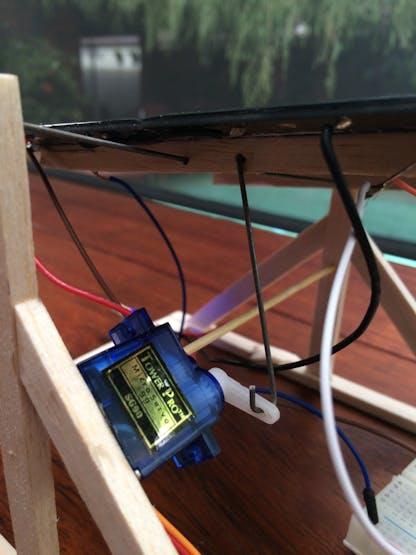 Solar Panel Sun Tracker - Phone Charger - Hackster io