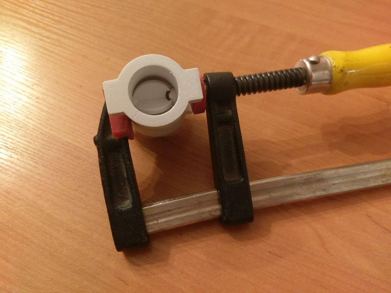 Gluing shaft and rotor