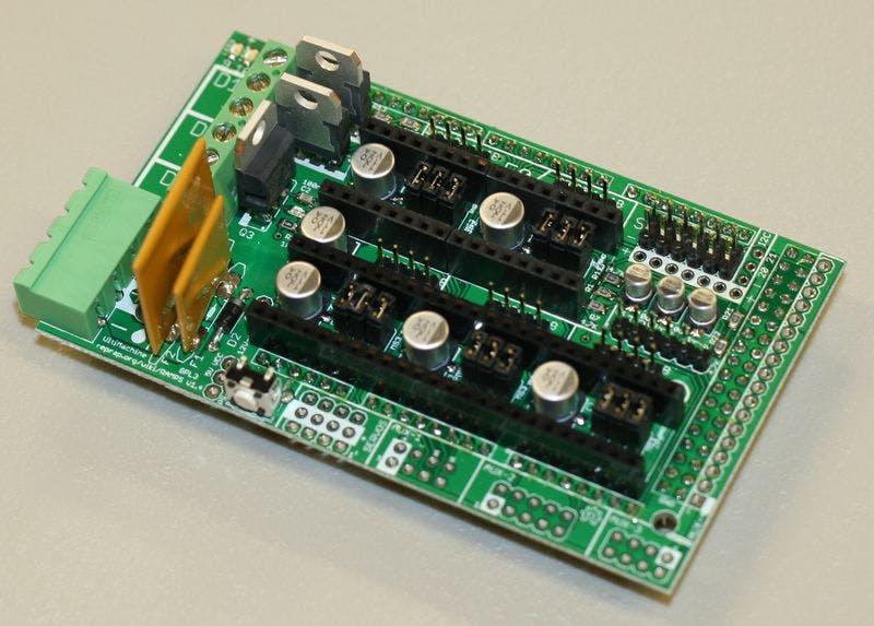 RAMPS 1.4 - RepRap Arduino Mega Pololu Shield - http://reprap.org/wiki/RAMPS_1.4