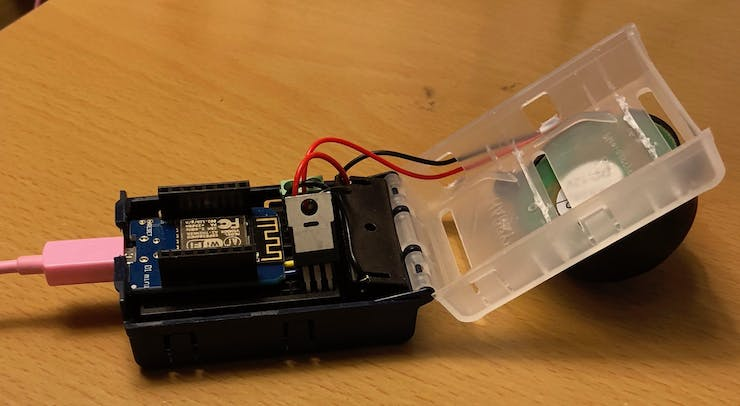 Everything fits inside the project box (except the Piezo)