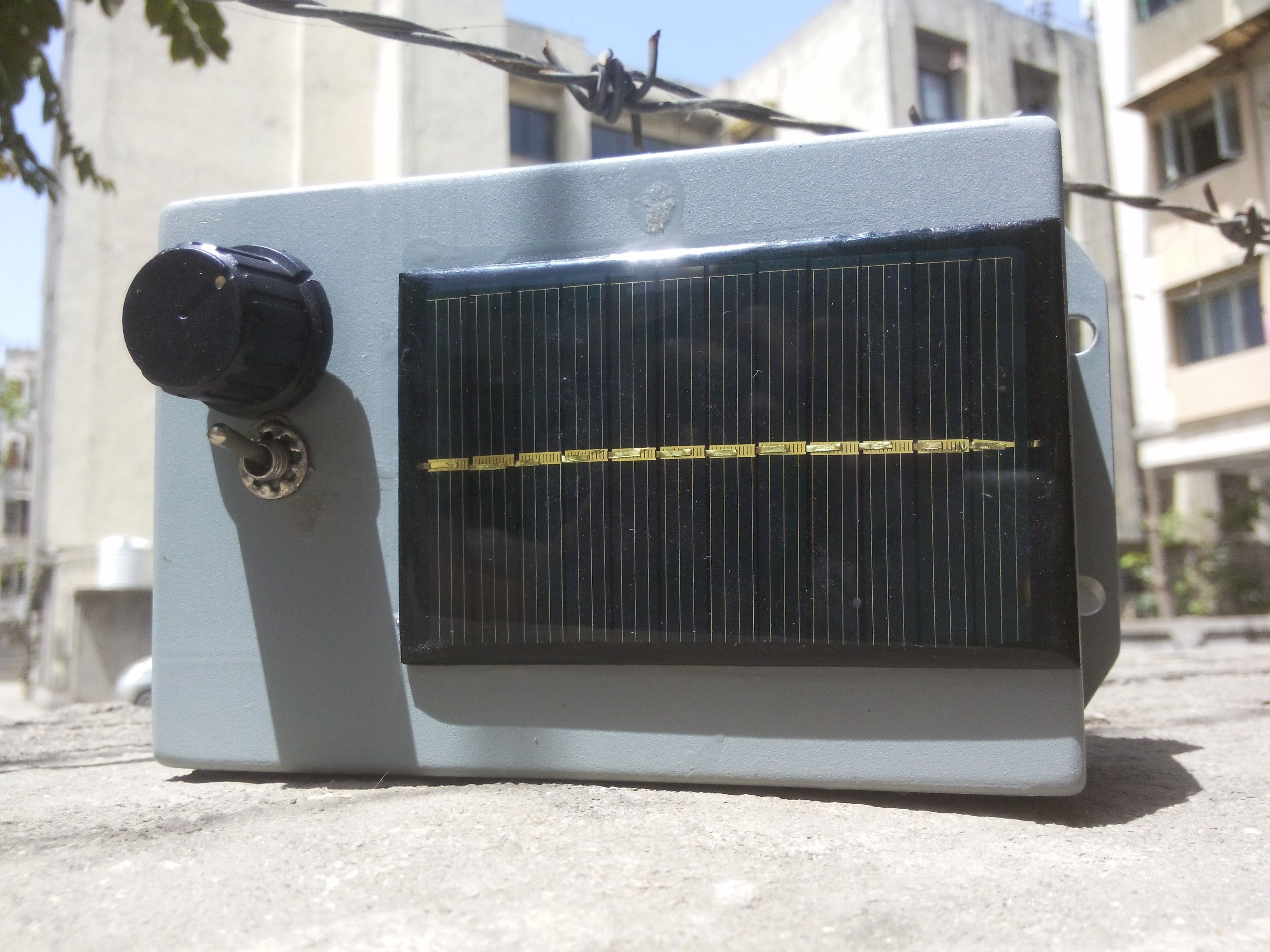 Tame the Beast: Solar Power Station for Arduino