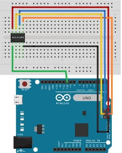 ATtiny85 bootloader and programming circuit