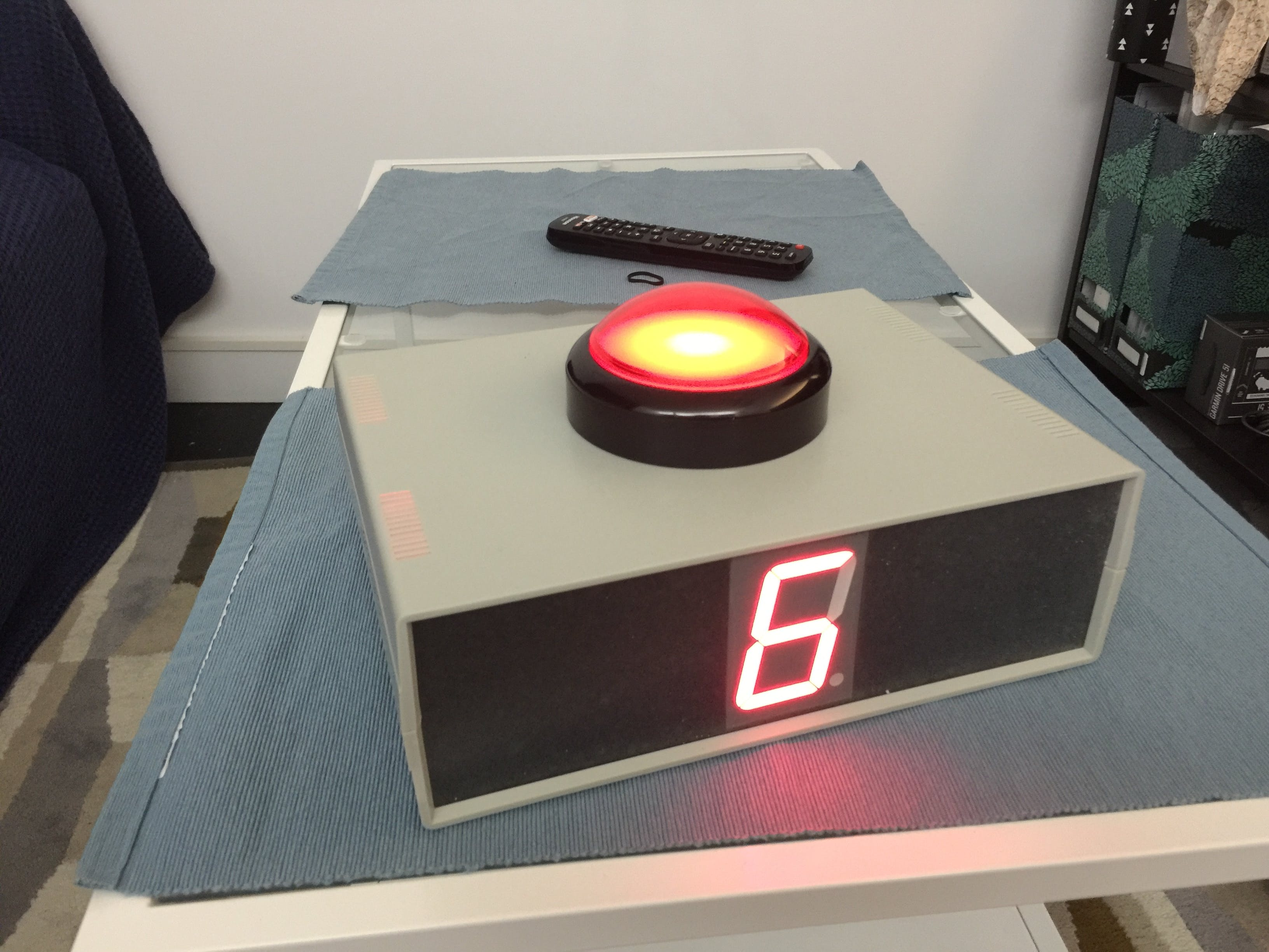 Completed Project (Front Panel View of 7-segment display & pushbutton)