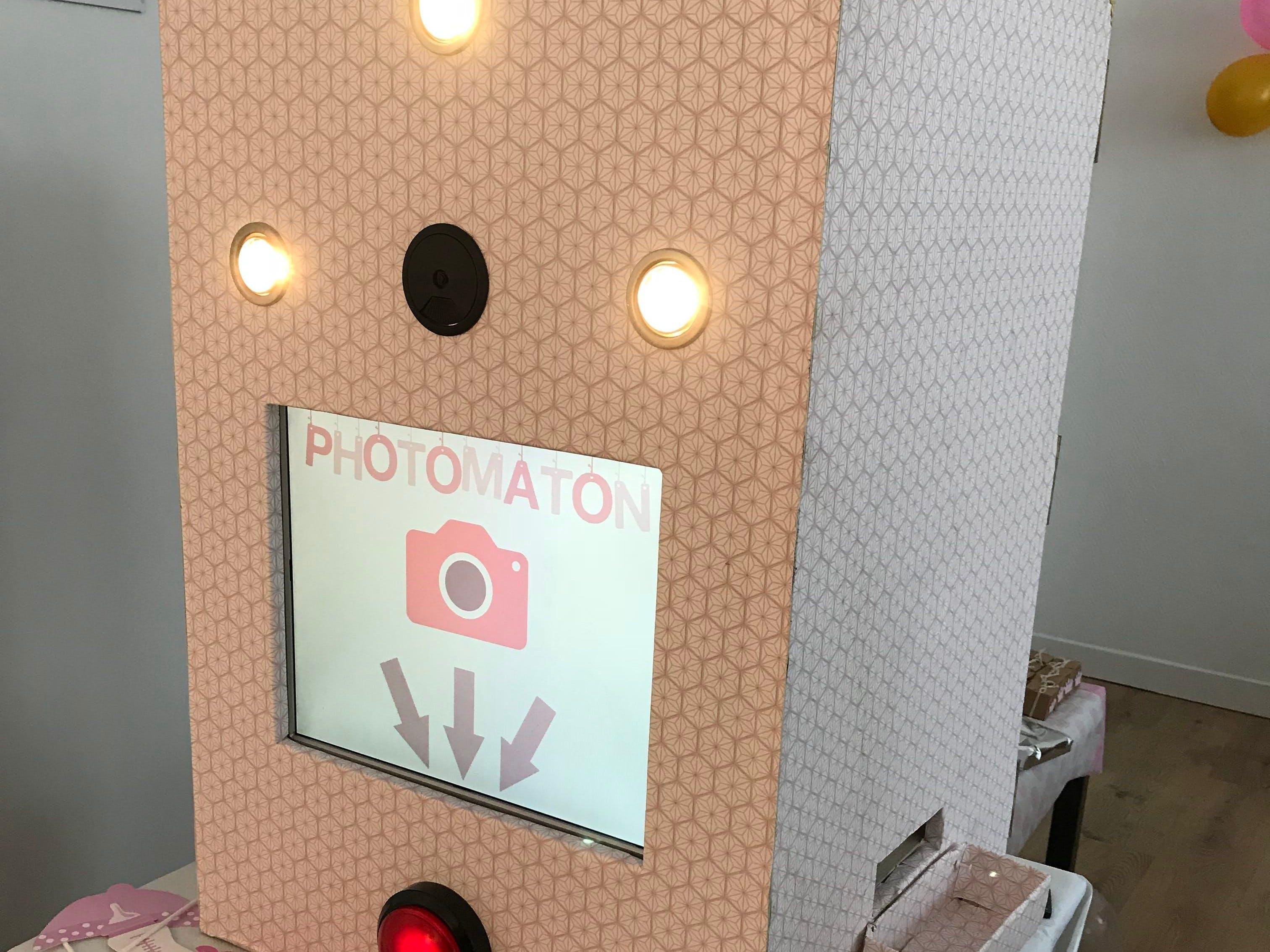 Wedding Photo Booth with Raspberry Pi