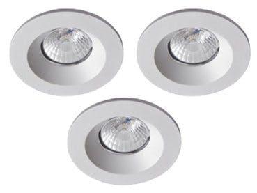 3 spotlights