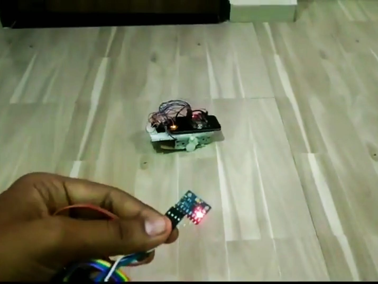 Gesture-Controlled Car