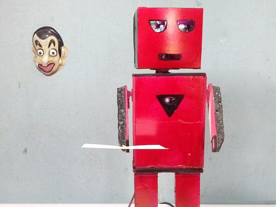 Smart Talking Humanoid Robot Just with Arduino!