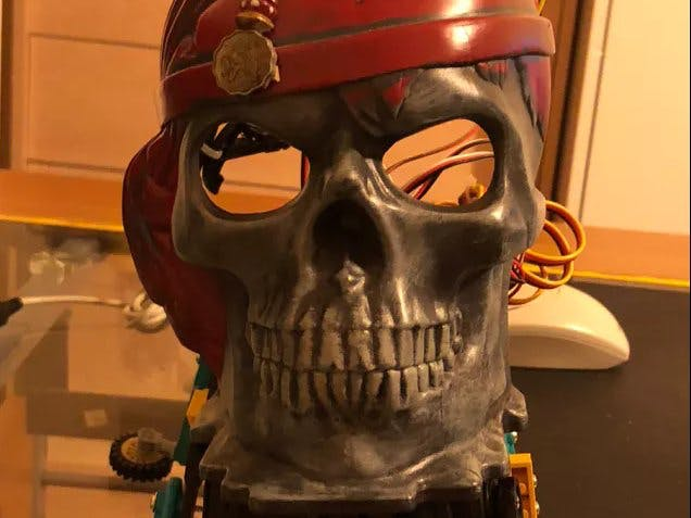 Lego Raspberry Pirate Skull Hexapod