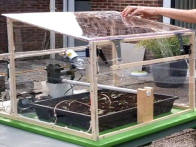 Greenhouse farming connected to IoT