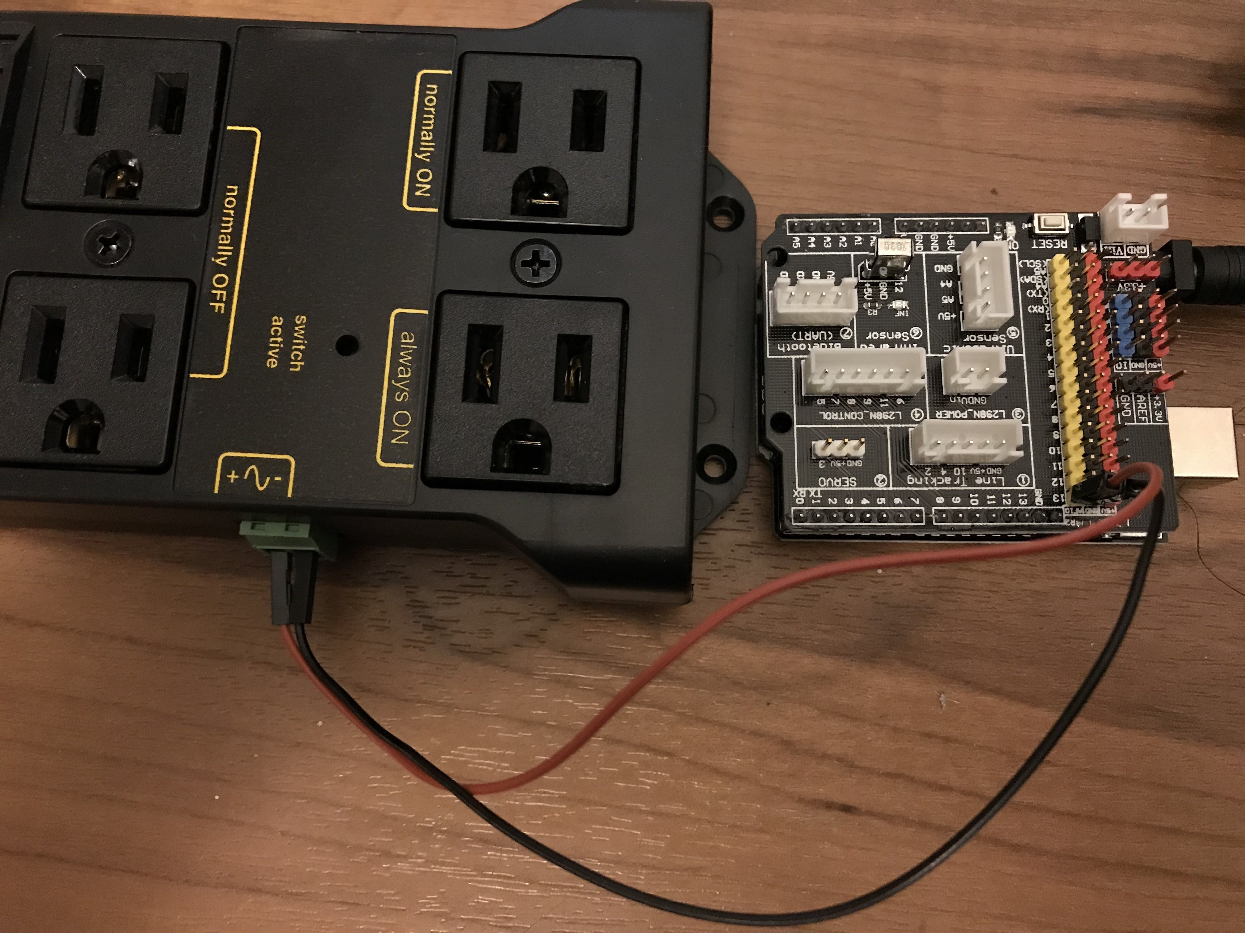 Wire connection between the Arduino and relay
