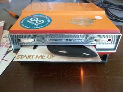 MP3/RFID Slot-In Record Player