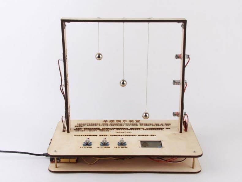 DIY a device for explaining the simple pendulum