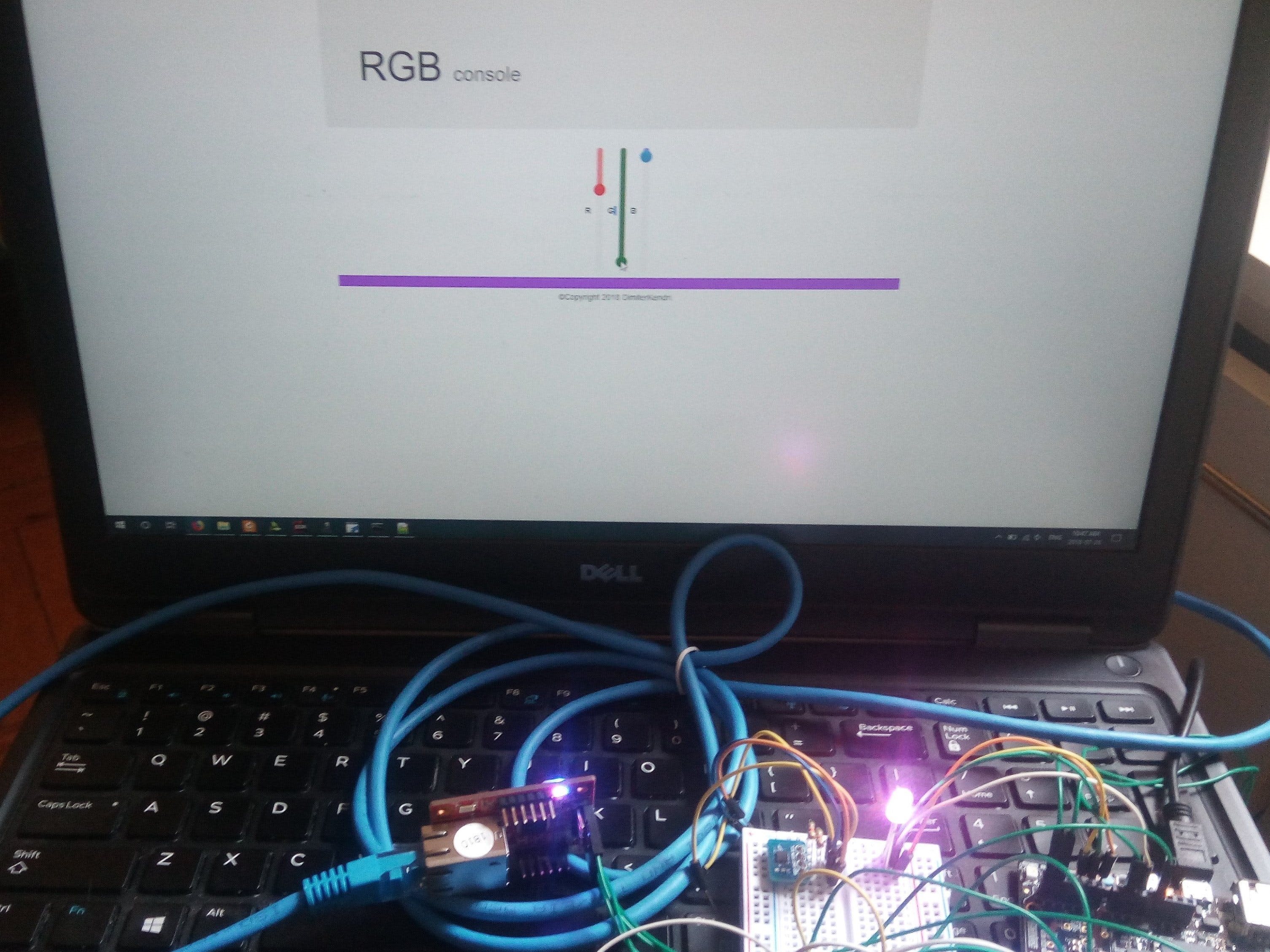 Web App RGB LED Controller with WIZ750SR and ZYNQ FPGA
