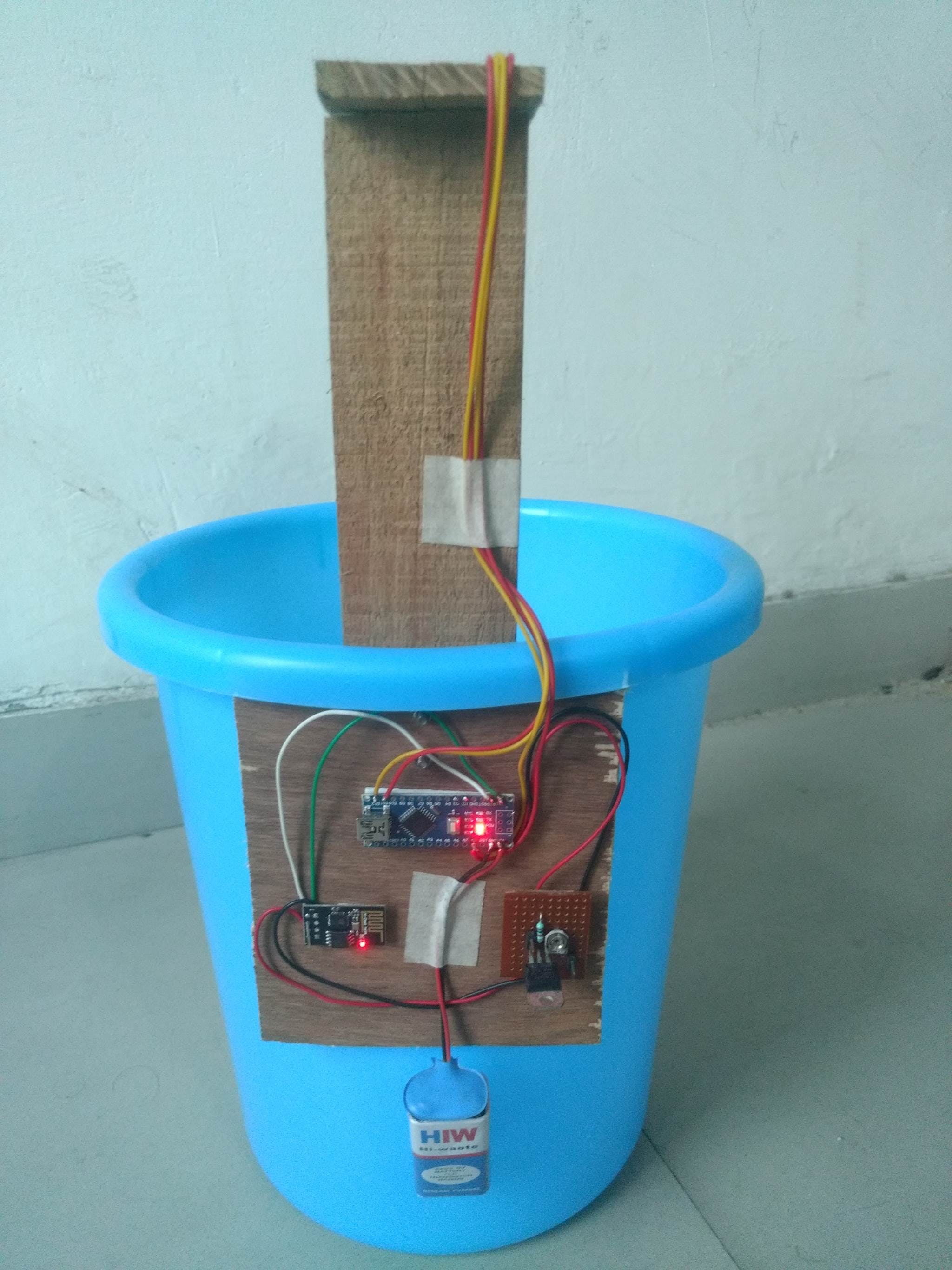 Side View of IOT Smart Dustbin