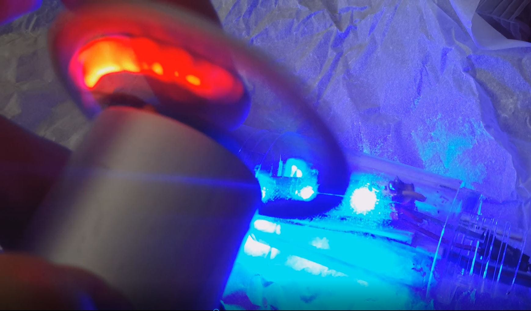 Motor led spin test success with flickering yellow, red light diode