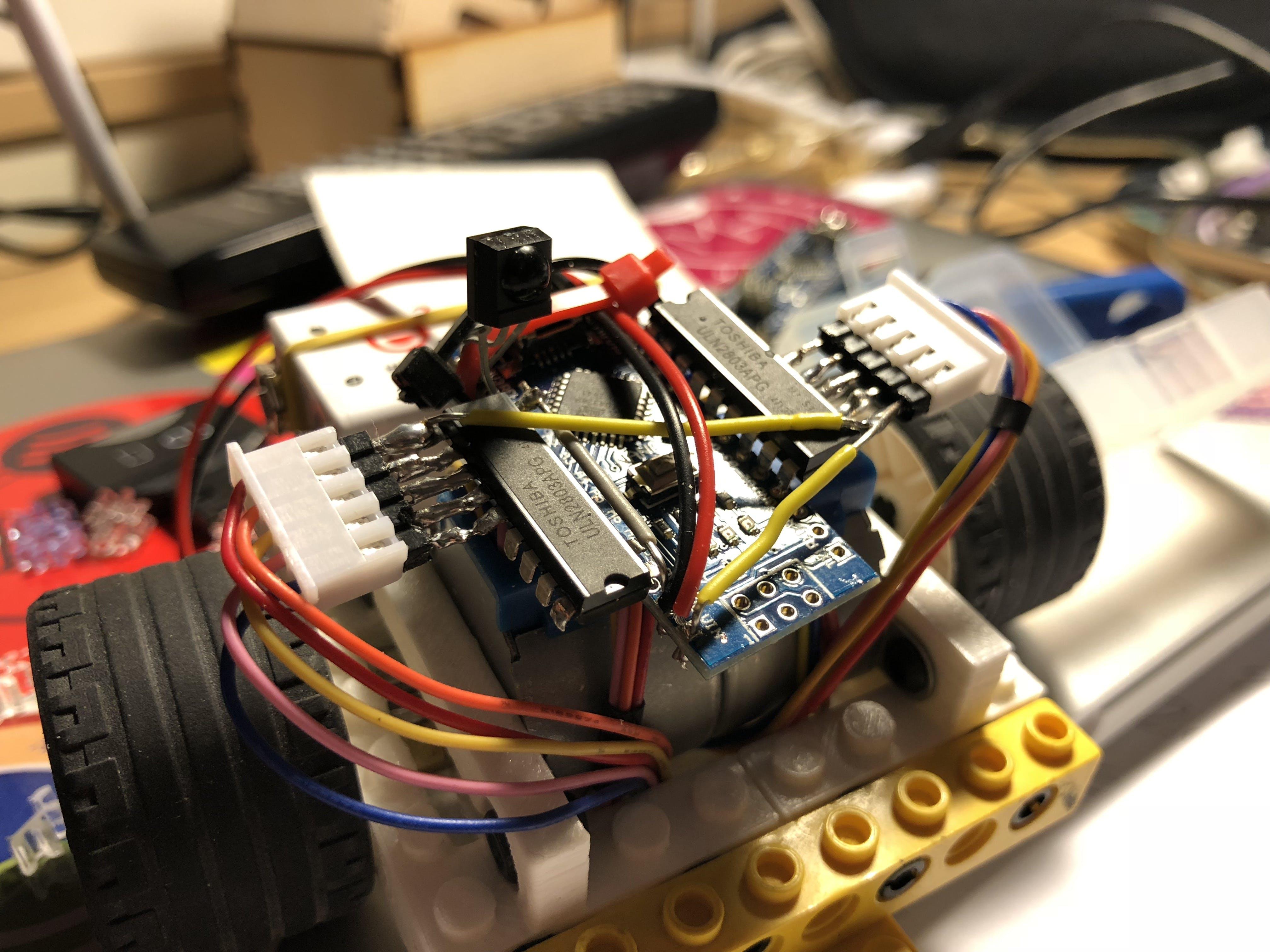 3D-electronics! Nano+2xULN2803+TSOP4838+Piezo Buzzer. All soldered together...