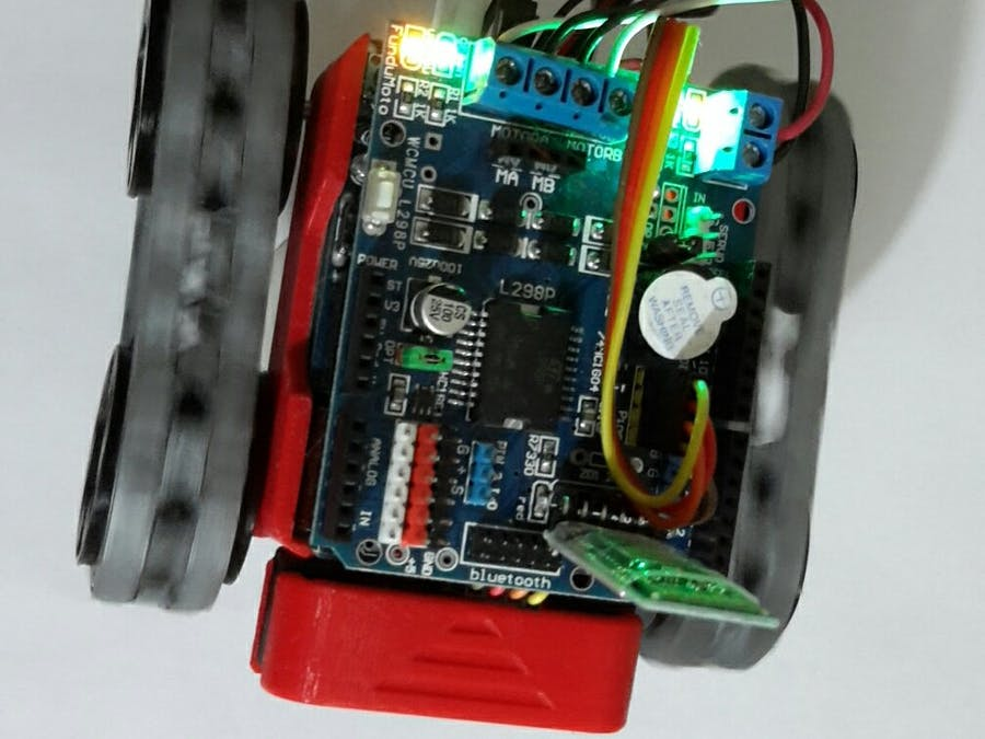 Flexible Robotic Car Based on MAX32620FTHR