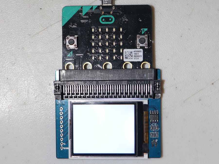 Micro:bit Screen Showing Time and Temperature