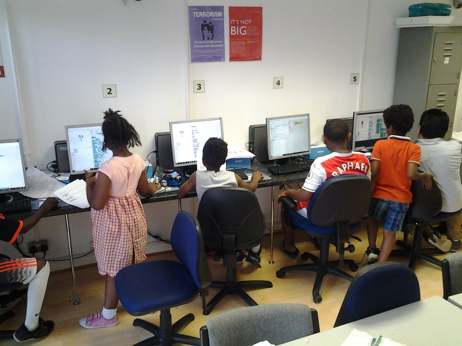Summer 2018 (6-16 Year) Robotics Workshop-1